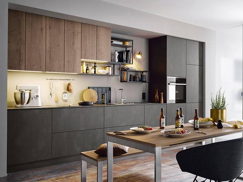 Küche schwarz dunkel Holz-Optik Beton-Optik modern