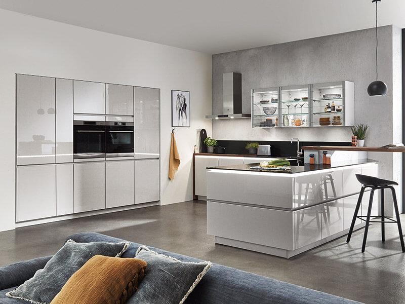 große design Küche mit insel e-geräte